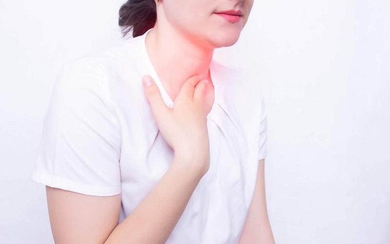 Nguyên nhân gây ra tình trạng dịch nhầy trong họng