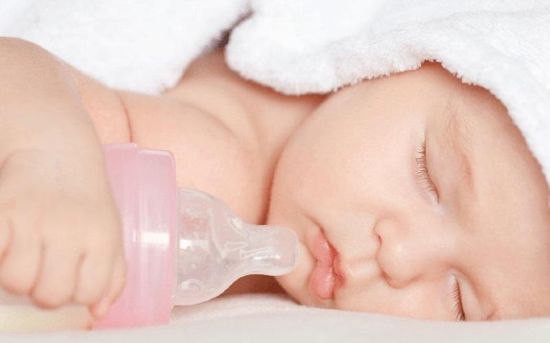 Lượng sữa cho trẻ sơ sinh -1