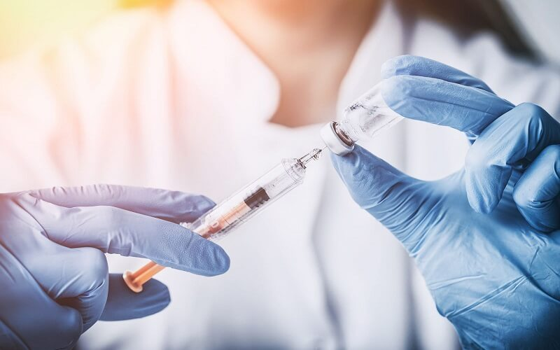 tiem-vaccine-khong-dung-lich-co-sao-khong-2